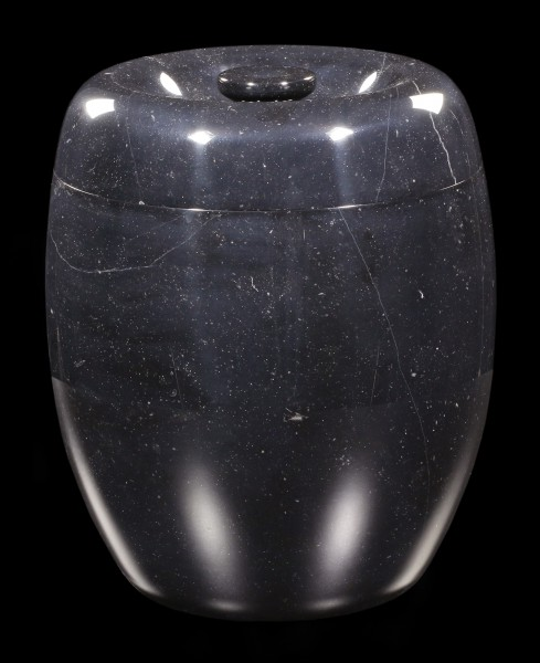 Schwarze Marmor Tier Urne - Gramercy
