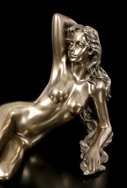 Nude Figurine - Female Temptation