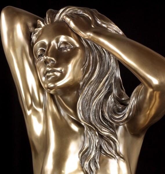 Große Akt Figur - Sinnliche Frau - Betrachtung