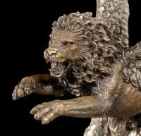 Geflügelter Löwe Figur