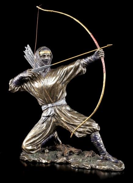 Ninja Krieger Figur mit Pfeil und Bogen