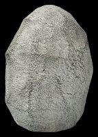 Goldfarbener Buddha Kopf im Stein