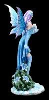 Winter Elfen Figur - Melly mit weißem Frettchen