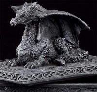 Schatulle mit Drachen