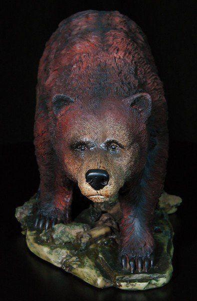 Grizzly Bär gehend