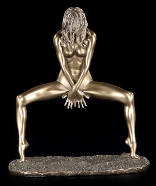 Female Nude bronze II