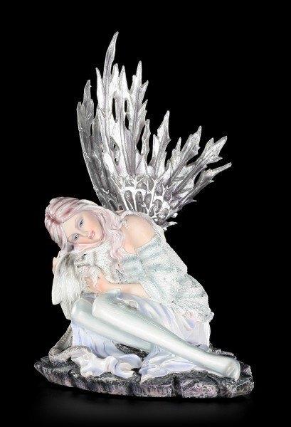 Vorschau: Elfen Figur - Valaria mit Drachenjungem im Winter
