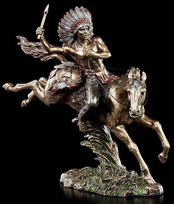 Indianer Figur - Tomahawk Krieger zu Pferd