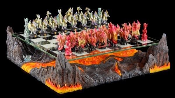Schachspiel Set - Drachen mit Lava Landschaft