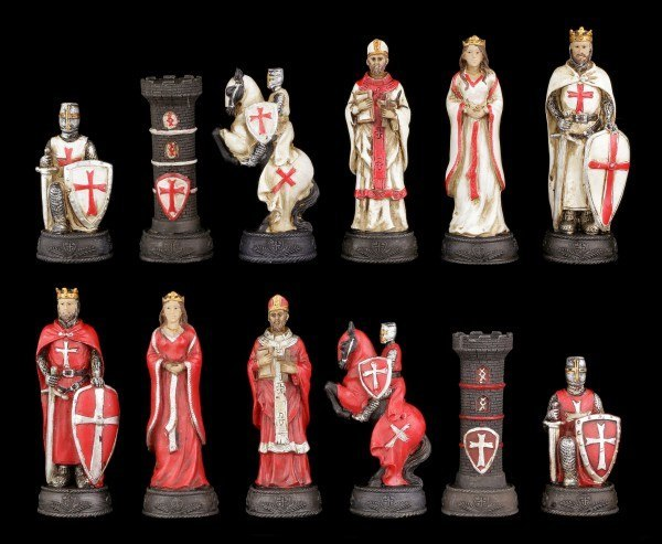 Chessmen Set - Crusader White and Red