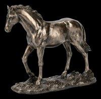 Pferde Figur auf Wiese