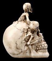 Skull with Skeletons - Breaking Free