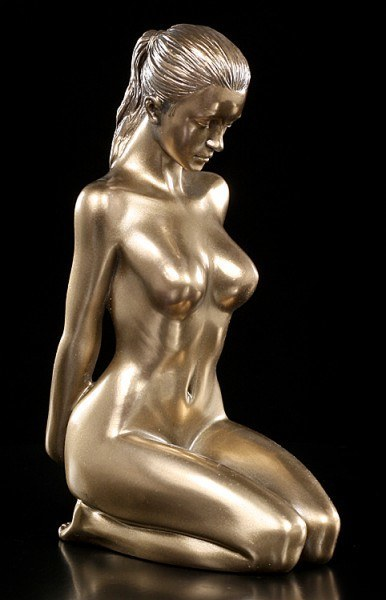 Nude Figurine - Amorous Woman - Relaxation