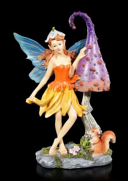 Elfen Figur - Nienna mit Pilz und Eichhörnchen