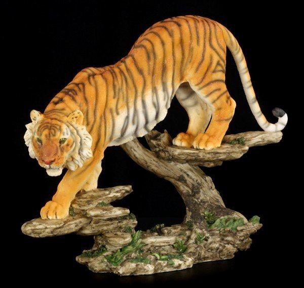 Große Tiger Figur auf Beutezug