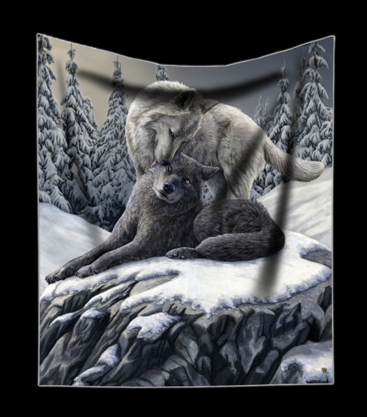 Fluffy Blanket with Wolves - Snow Kisses