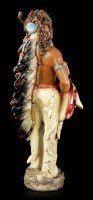 Indianer Figur - Mit Büffelkopf und Waffen