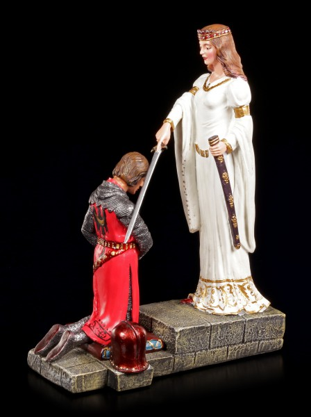 Knight Figurine - The Accolade of King Arthur