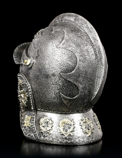 Small Skull in Knights Helmet