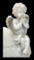 Garden Figurine - Angel sitting on Heart