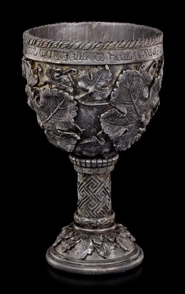 Keltischer Kelch mit Blättern und Schrift
