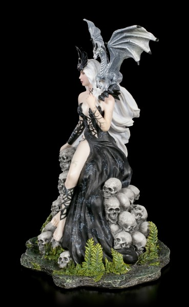 Witch Figurine - Mad Queen by Nene Thomas