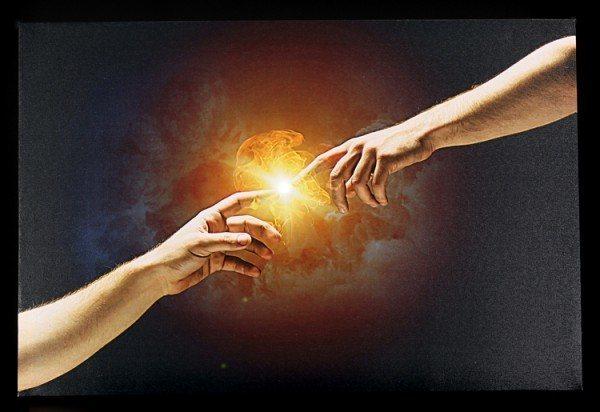 Leinwand LED - Zwei Hände nach Michelangelo