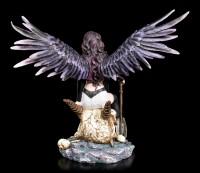 Schutzengel Figur - Siraia sitzend auf Totenkopf