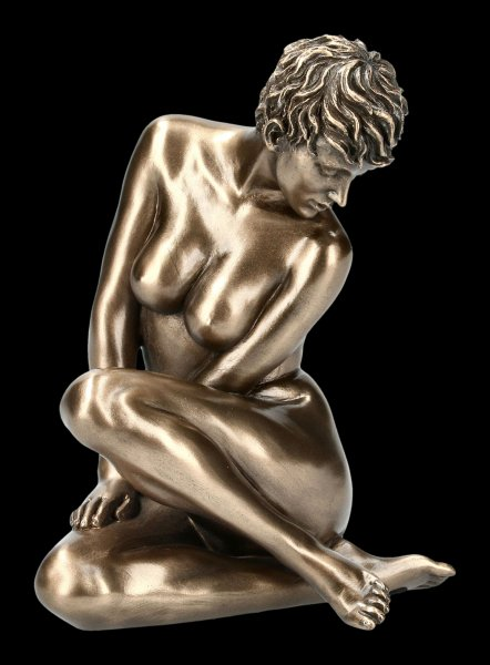 Female Nude Figurine - Melly with short Hair