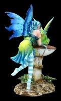 Elfen Figur mit Frosch - Frog Gossip