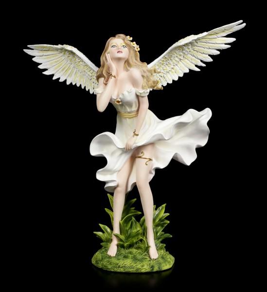 Engel Figur - Marylin tanzend im weißen Kleid