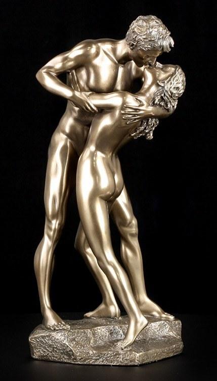Nude Figure - Kissing Couple