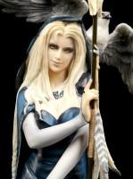 Witch Figurine - Arcana the Shaman