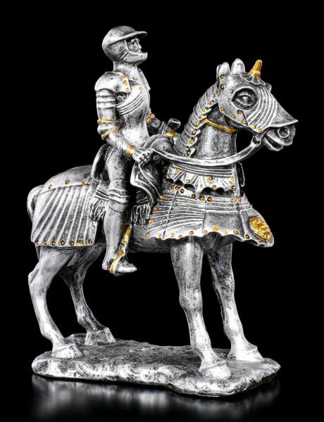 Kleine Ritter Figur auf Pferd
