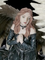 Anne Stokes Figurine - Prayer for the Fallen