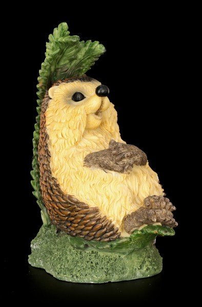 Funny Hedgehog Figurine sitting under Farin - Finally Holidays