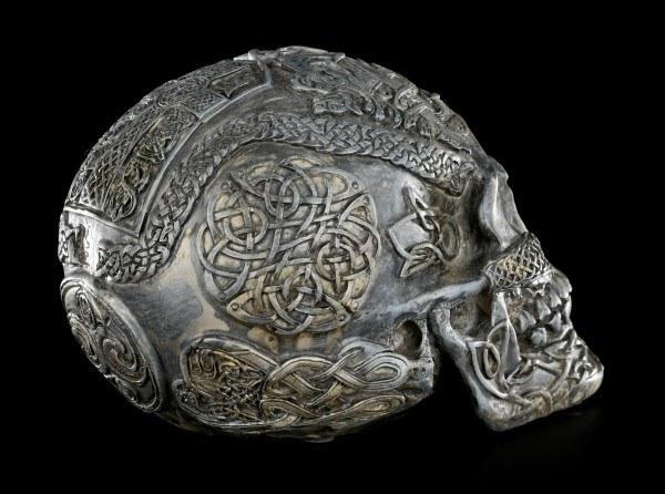 Skull - Celtic Design with Nosering