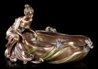 Jugendstil Schale - Frau sitzt an Wanne