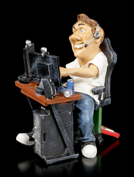 Funny Sports Figurine - Gamer in front of PC