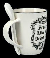 Tasse mit Löffel - Freaks Like Me Drink Tee