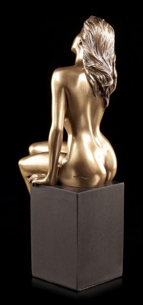 Female Nude Figurine - Sin on two Legs