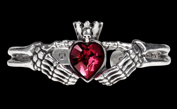 Claddagh By Night - Alchemy Gothic Bracelet