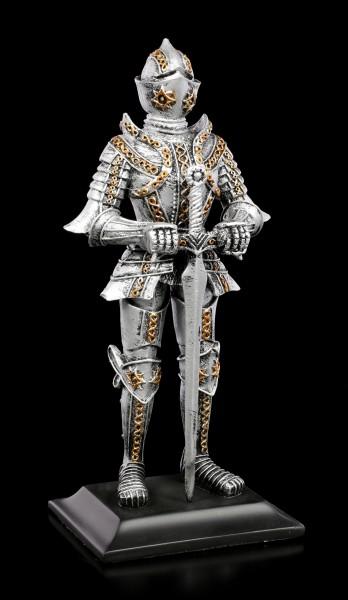 Ritter Figur mit gesenktem Schwert