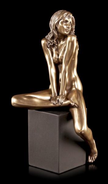 Female Nude Figurine - I am Yours