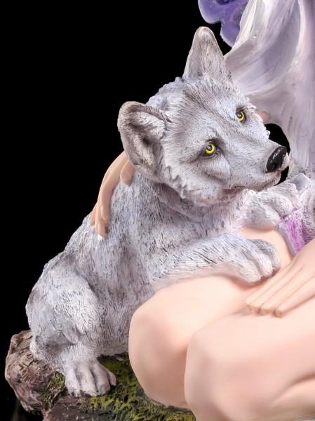 Große Elfen Figur Kayla Mit Wolf Baby