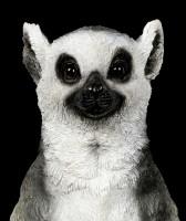 Gartenfigur - Lemur macht Yoga