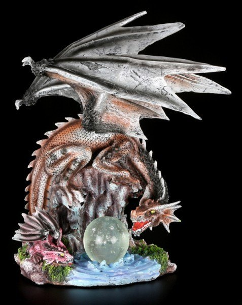 Large Dragon Figurine - Dracora with Hatchling