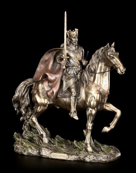 King Arthur Figurine - Riding in the Battle