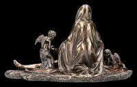 Jesus Figur liegt in Marias Armen - Pieta