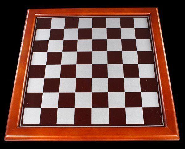 Schachbrett - ohne Figuren